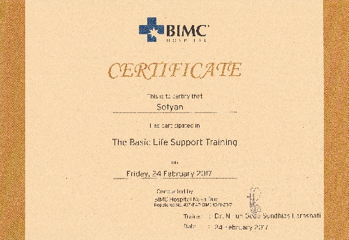 Certificate of the basic life support training for Fyan