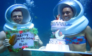 celebration underwater with seawalker bali